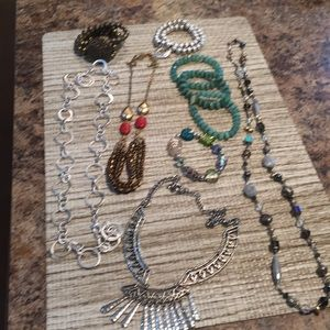 Set of fashion jewelry